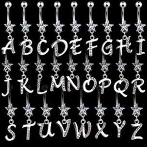 Bauchnabel Piercing Buchstabe mit Kristallen Monogramm